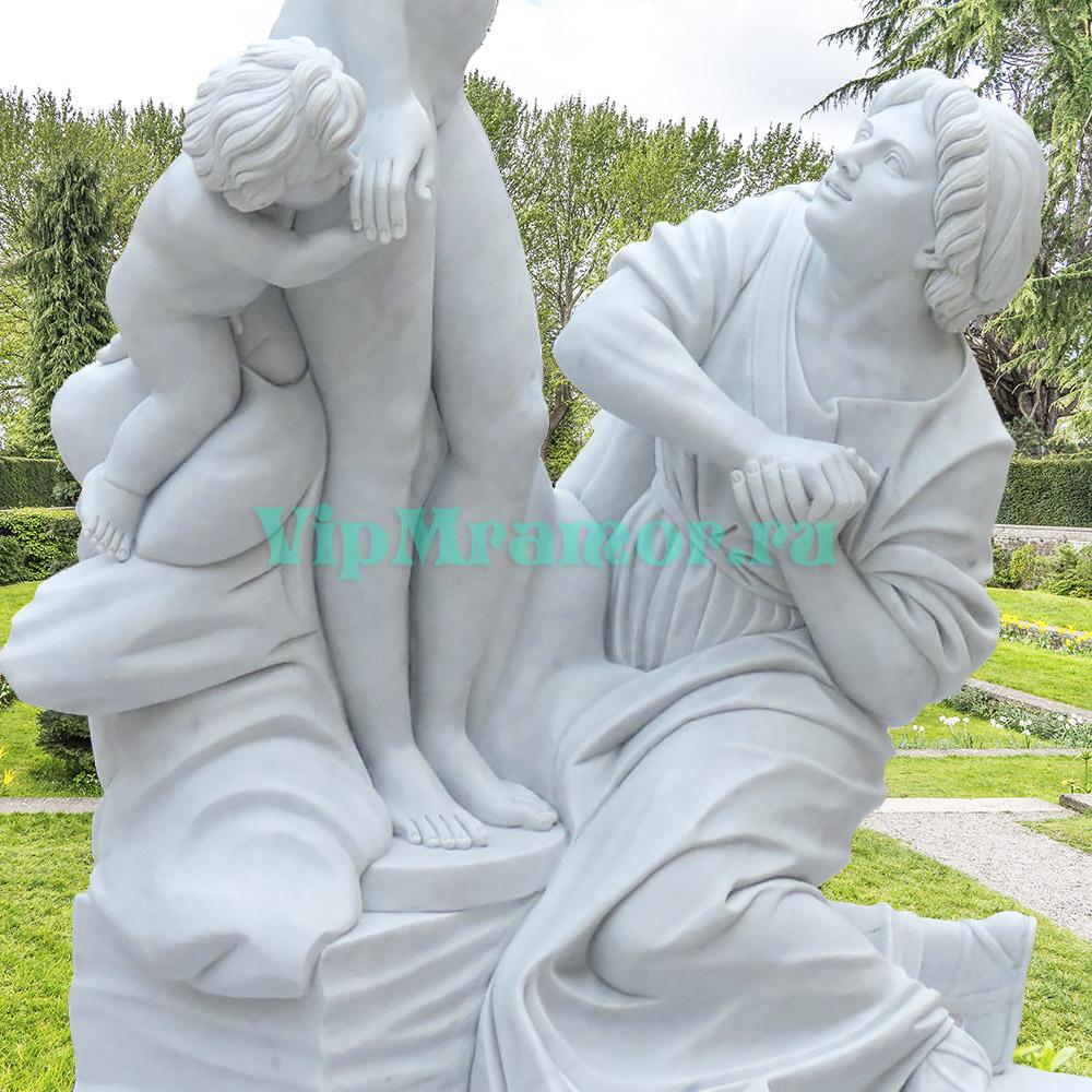 """Скульптура """"Пигмалион и Галатея"""""""